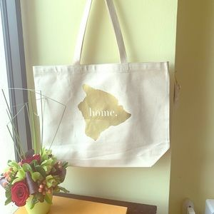 Giant Big Island canvas Tote